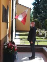 Obchody ważnych dla Polaków rocznic w niecodziennych okolicznościach.